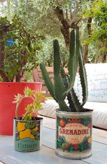 DIY. Macetas con latas y etiquetas vintage gratis. www.soyunmix.com