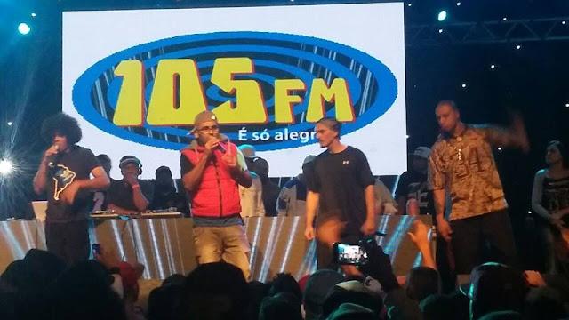 Durante a festa do Espaço Rap o Eduardo anuncia parceria musical com o Cascão T$G