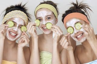 Recette masque raffermissant visage fait maison au concombre