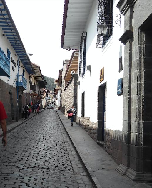 Calle San Agustín, Cuzco