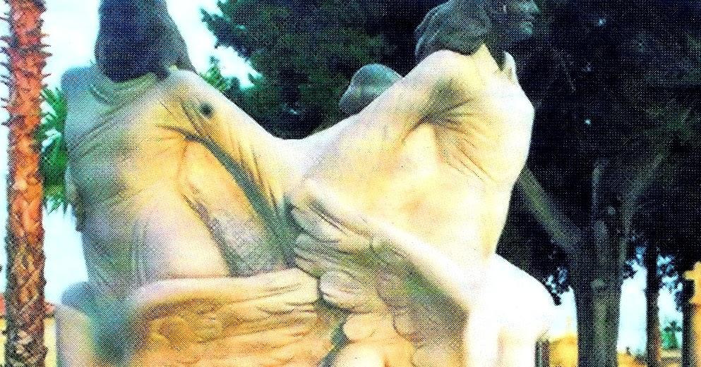 El Blog De Las Sombras: Alcàsser. La Estatua