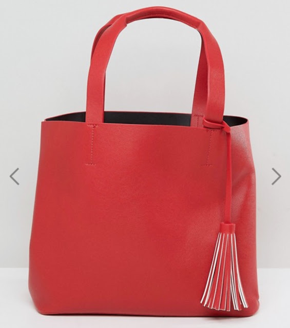 Pieces shopper bag with tassel