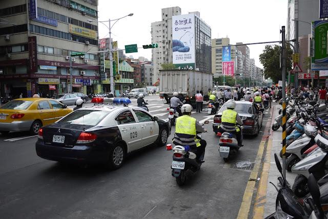 police policing  at 2011 Taiwan LGBT Pride Parade
