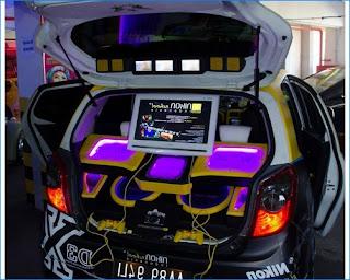 modifikasi interior mobil agya ceper
