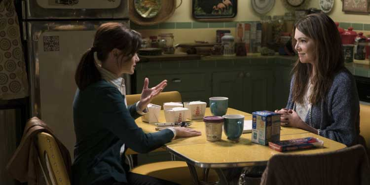 Rory and Lorelai re-connect at the kitchen table in Gilmore Girls: A Year in the Life