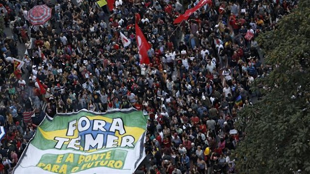 Brazilian police fire tear gas at peacefull Sao Paulo protests