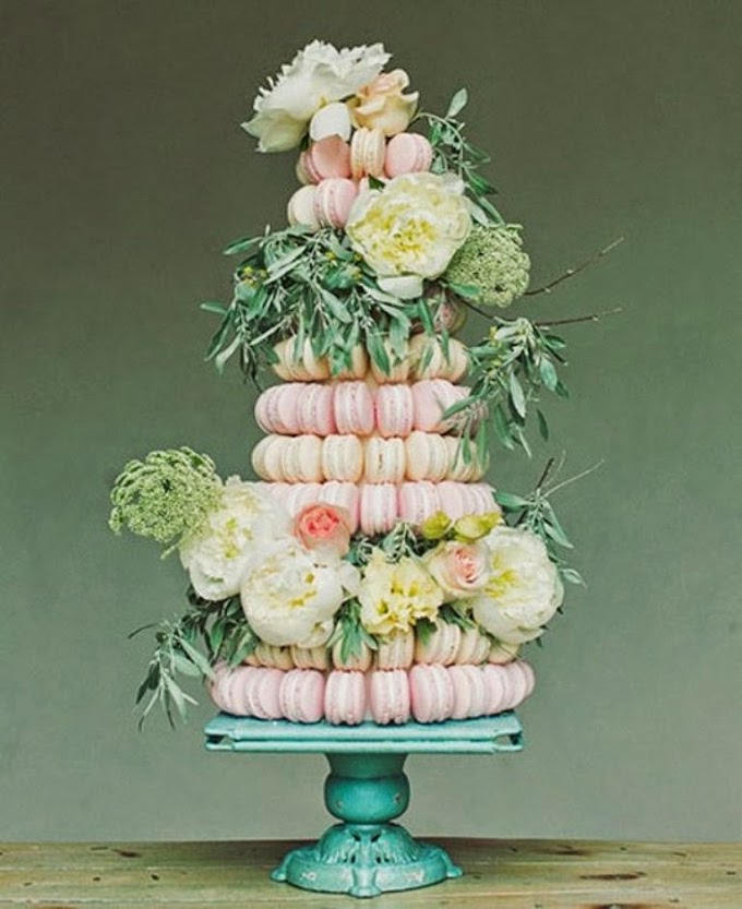 Fun Non-Traditional Wedding Cake Ideas!