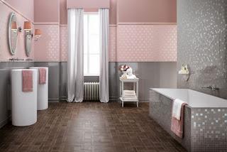 Baño color gris y rosa