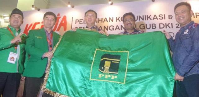 Tegaskan Dukungan untuk Ahok-Djarot, Dimyati Serahkan Bendera PPP