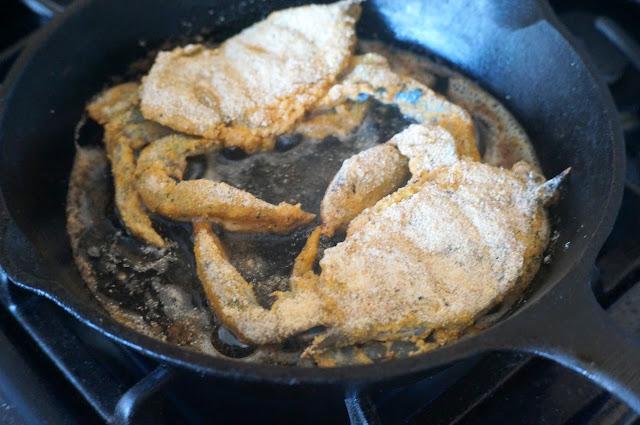 racheerachh eats: Cornmeal Crusted Soft Shell Crab Sandwiches