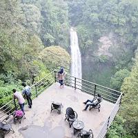 foto curug cimahi rainbow waterfalls bandung
