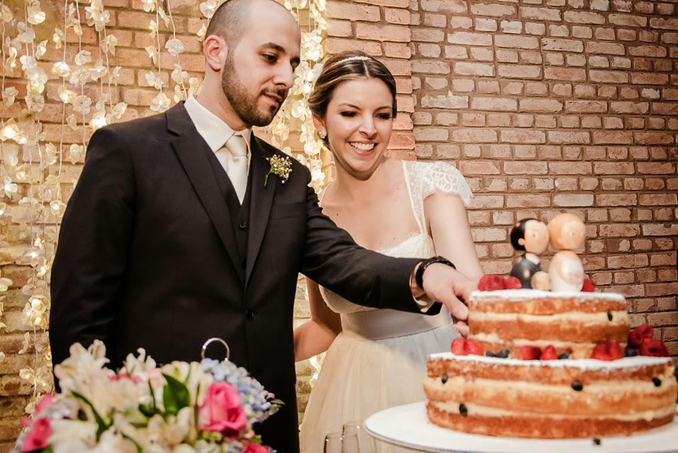 casamento-juliana-alisson-corte-bolo