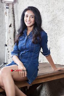 Majnu Movie Fame Actress Priya Shri Picture Shoot Gallery  0013.JPG