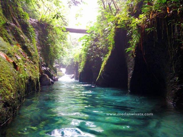 Air Terjun Teroh-teroh dan kolam Abadi, Langkat , Sumatera Utara