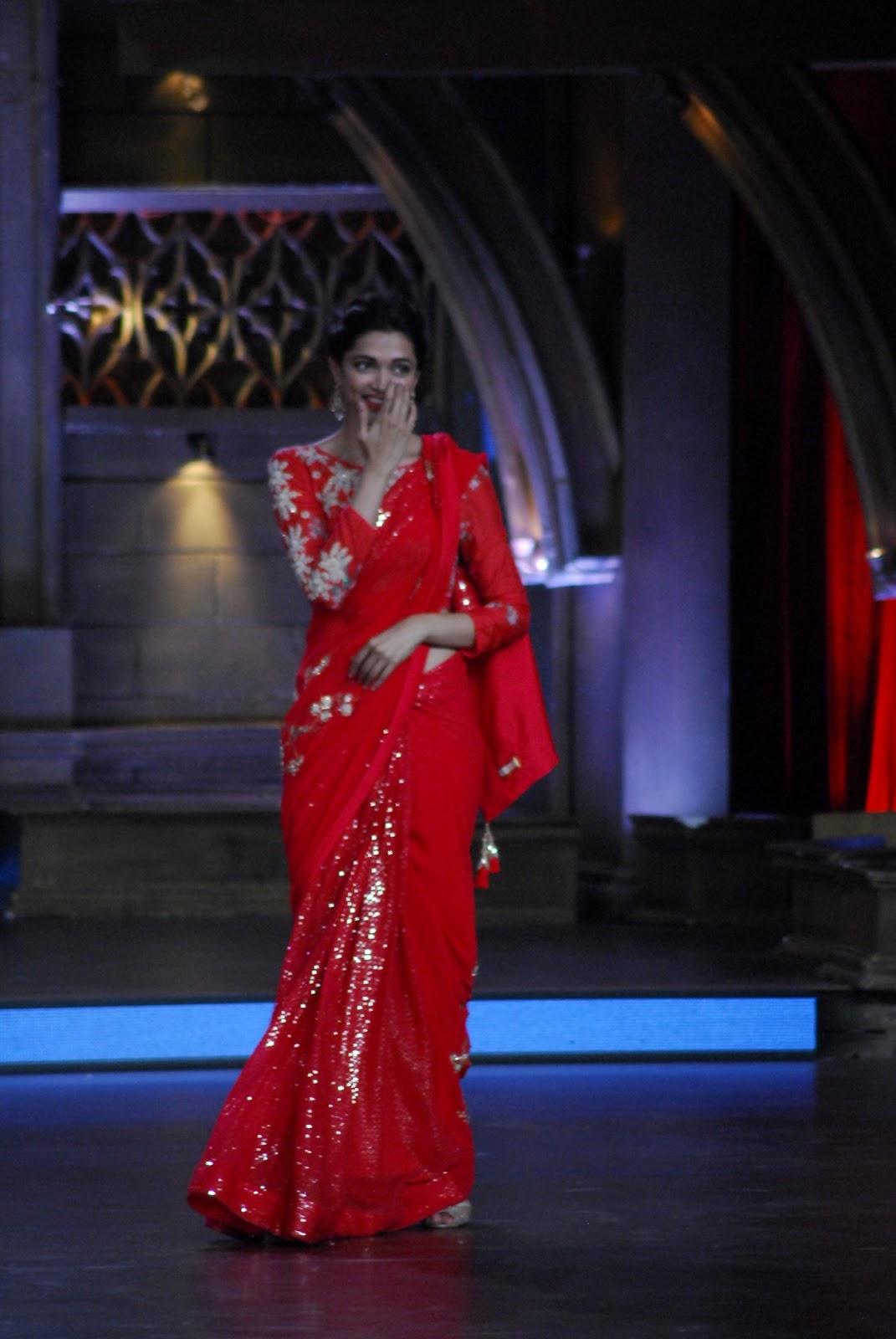 Deepika At Zee Tv Show Sexy Red Saree Stills  Latest -8251