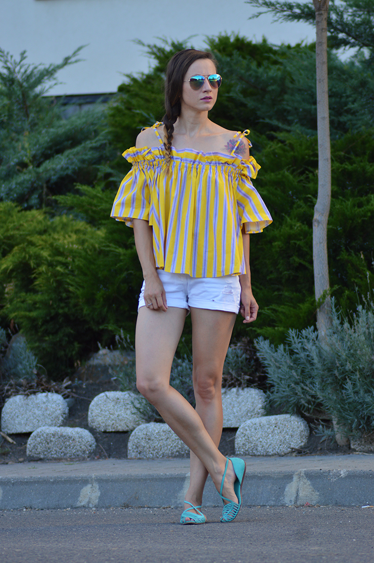 Skinny Buddha Jaunty Stripe Cold-shoulder Top in Yellow