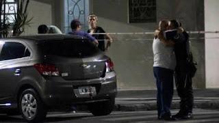 En un intento de asalto, recibió un disparo en el abdomen. El efectivo de la Policía Federal coordinaba la seguridad ligada a la vicepresidenta.