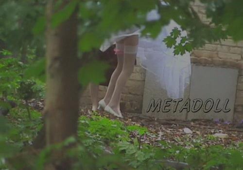foto-video-skritaya-kamera-nevesti-pisayut