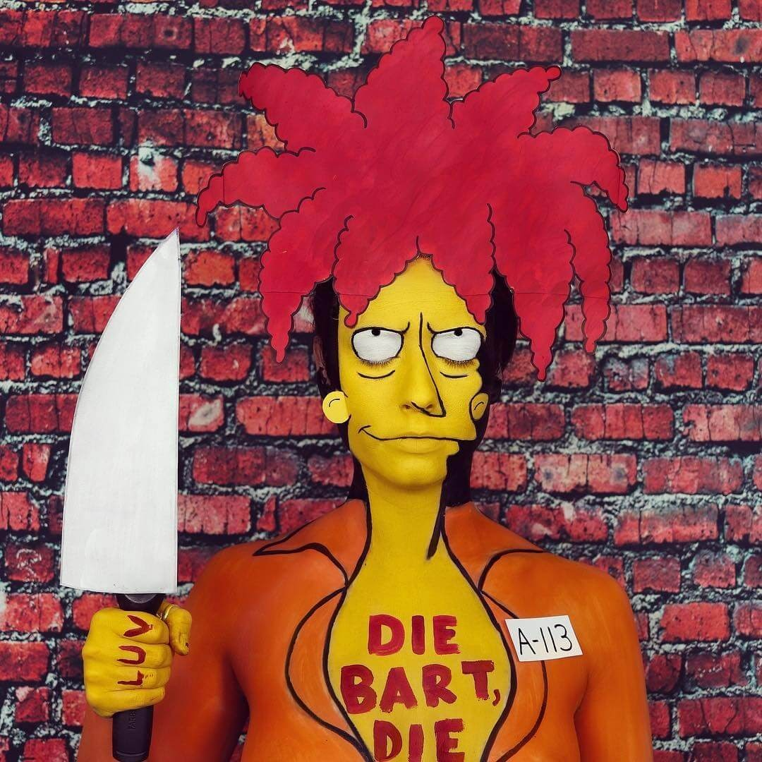 17-Sideshow-Bob-The-Simpsons-Annie-Thomas-TV-Cartoon-Characters-on-Body-Painting-www-designstack-co