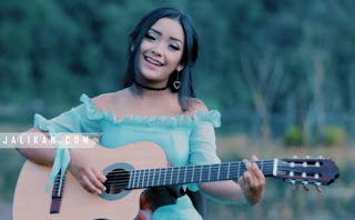 Lirik lagu Kasmaran - Nadia Nevita