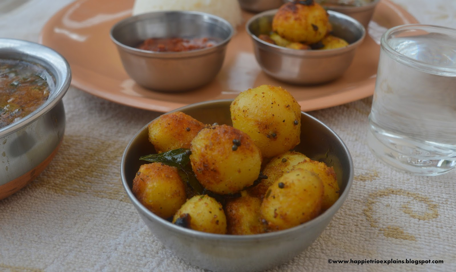 Baby potato roast crispy small potato fry easy lunch for Indian potato recipes for lunch
