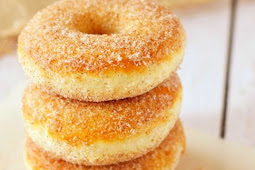 Old Fashioned Baked Cake Donuts