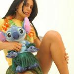 Andrea Rincon, Selena Spice Galeria 13: Hawaiana Camiseta Amarilla Foto 39