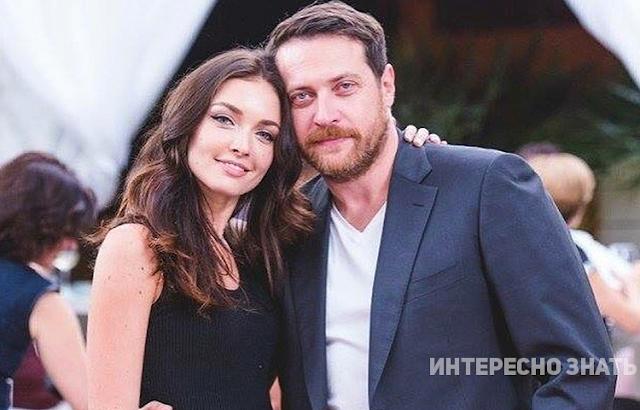 Красивая дочь Кирилла Сафонова вышла замуж, но внешность ее мужа никто не одобрил