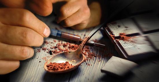 Cheirar chocolate deixa 'bem louco'? Eis a nova 'droga' das baladas