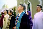 """Not enough monks"" inThailand anthem video — Popular Posts"