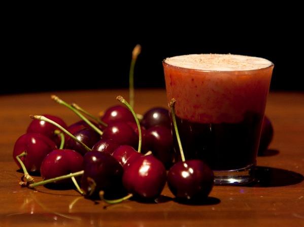 Cóctel Cheesecake Cherry con Cereza del Jerte en Museo Chicote
