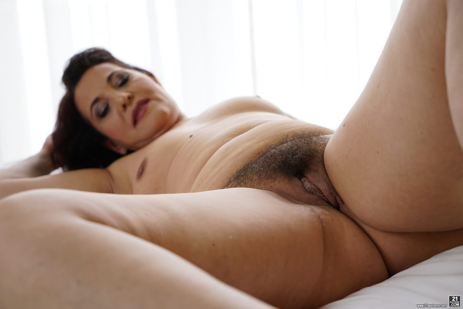 British milf clare cream strips off and enjoys her vibrator - 2 part 5