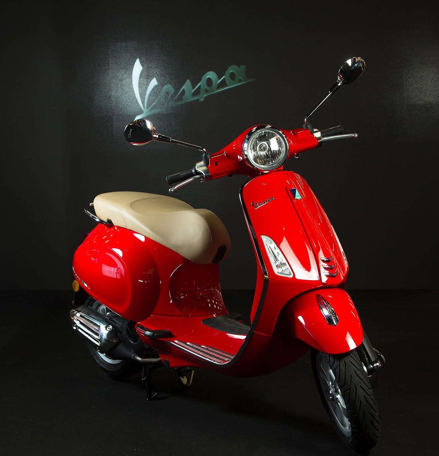 fc39d0655 Com valor de R$ 27.930, as Vespas da Série Histórica foram feitas para  comemorar a chegada do Grupo Piaggio no Brasil. Os modelos virão com uma  plaqueta que ...