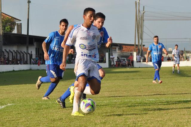 Grêmio Cachoeira goleia pelas quartas de final da Interligas 2016