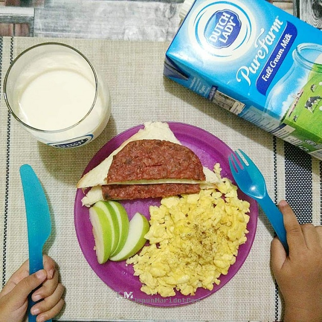 Dutch Lady breakfast challenge