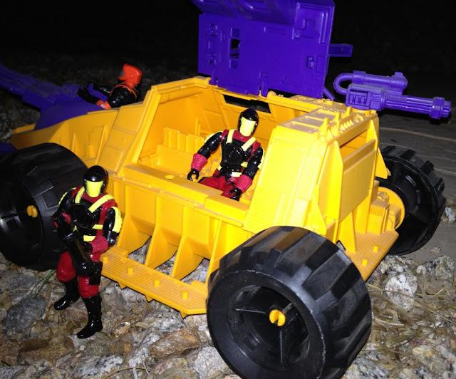 1992 Parasite, 1993 Nitro Viper, Crimson Guard Commander