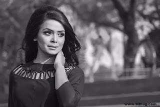 Jabin Ahmed Bangladeshi Model And Actress Biography, Smile Photos