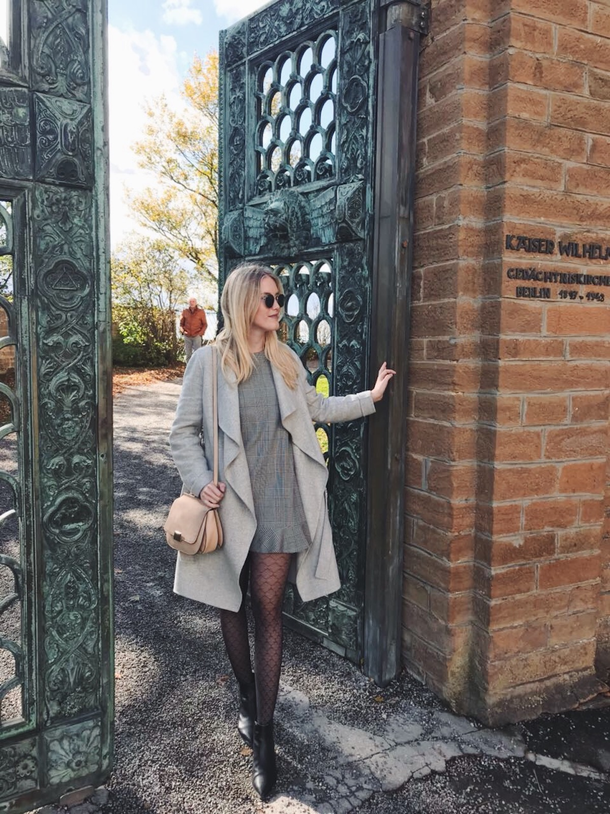 Fashion-Outfit-Stuttgart Blog-Burg Hohenzollern-Strumpfhosen-gemustert-Tights-Gambettes Box-18A