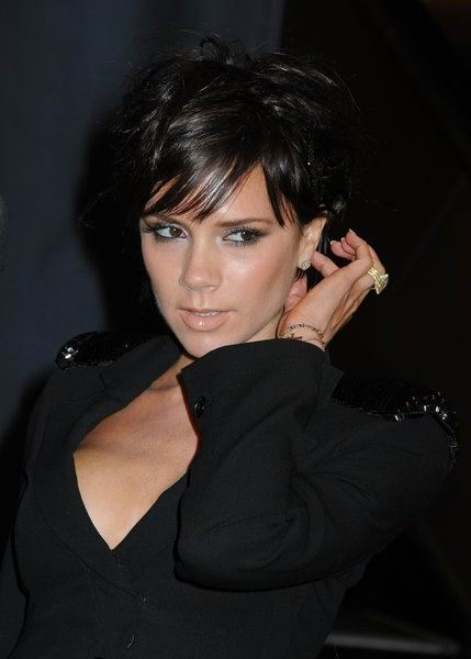 victoria beckham latest pixie haircut