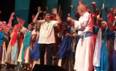 Dancing Tagle and Pope