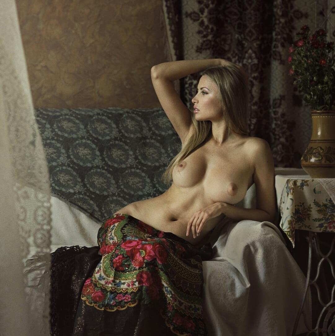 взглянула меня красивая русская эротика с хорошим сюжетом этого