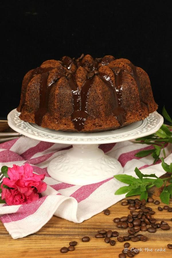 coffee-bundt-cake, bizcocho-de-cafe, ganache-de-capuccino