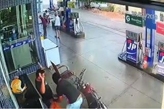 Bandidos assaltam posto de combustível na Paraíba; veja vídeo