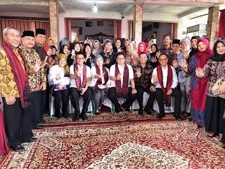 Penuh Inovasi dan Alami, Menperin Apresiasi IKM Batik Jambi