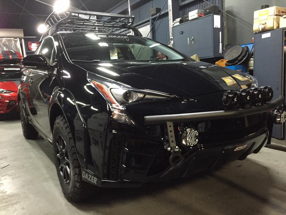 Jacked Up Prius >> The Crossover Toyota Prius-X You Never Knew You Wanted