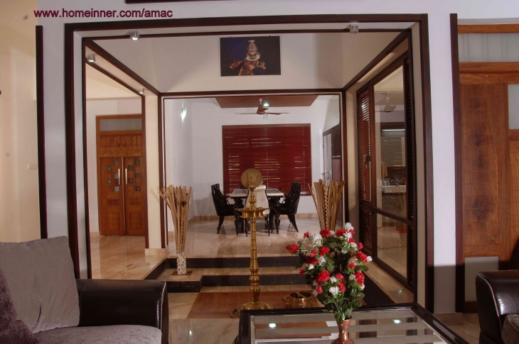Kerala Style Living Room Interior Design By Amac Architects