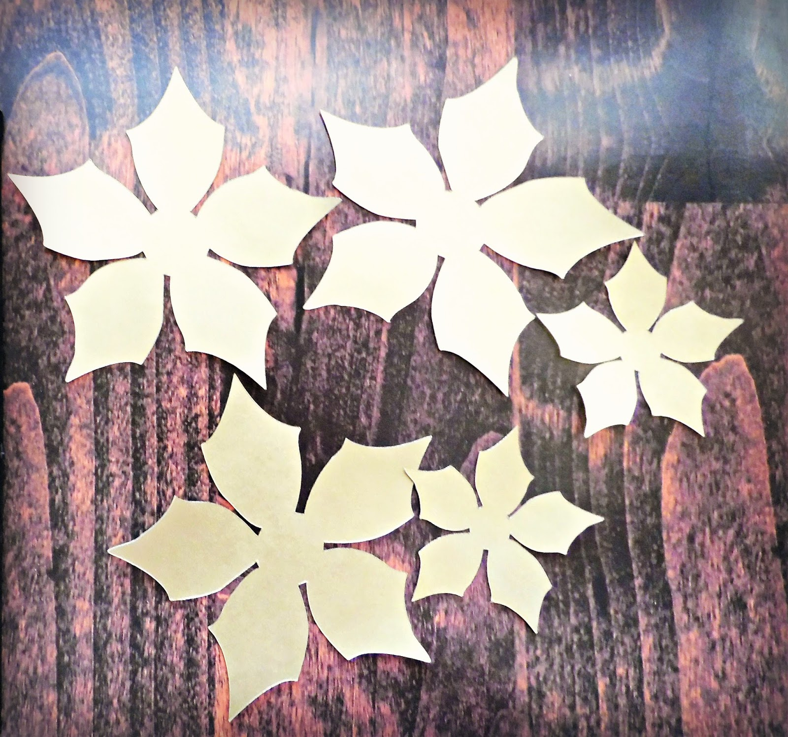 How To Make Lighted Poinsettia Garland Step By Step Tutorial