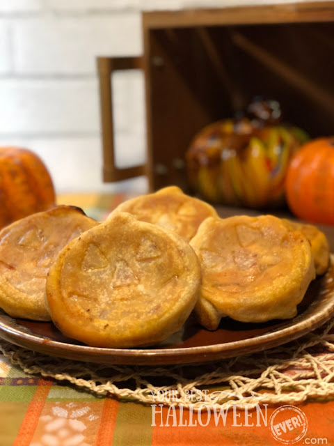 pumpkin jack-o-lantern shaped pizza pockets