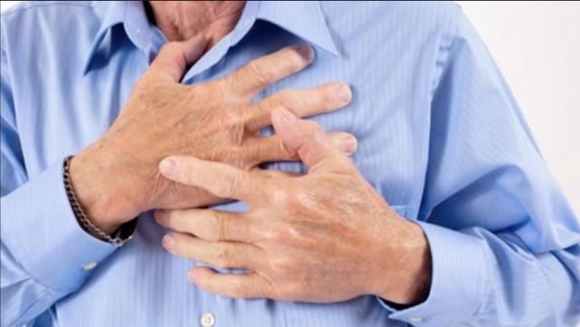 ciri ciri pengidap sakit jantung, kategri pengidap jantung, contoh orang pengidap sakit jantung