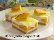 Nepečený broskyňový koláč - recept